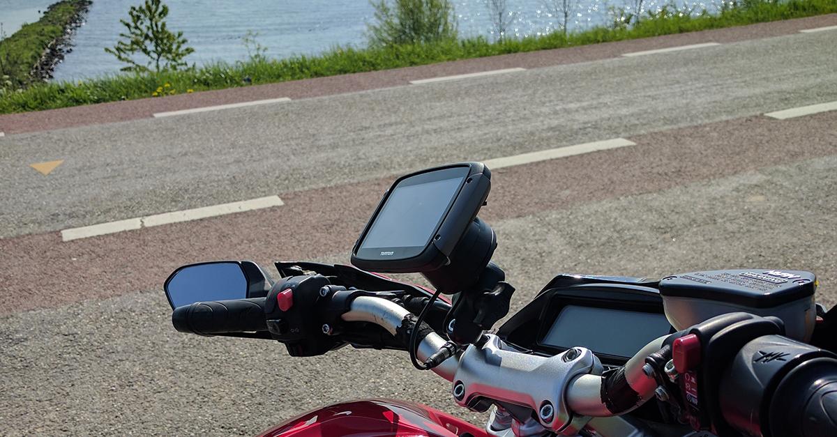 8 routes over de Lekdijk
