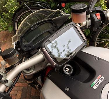 TomTom rider 450 - eerste indruk en aansluiting